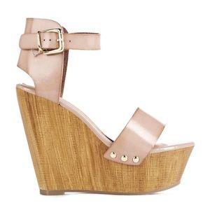 JUSTFAB Oralee Nude Platform Sandal - 7 (NWOT)